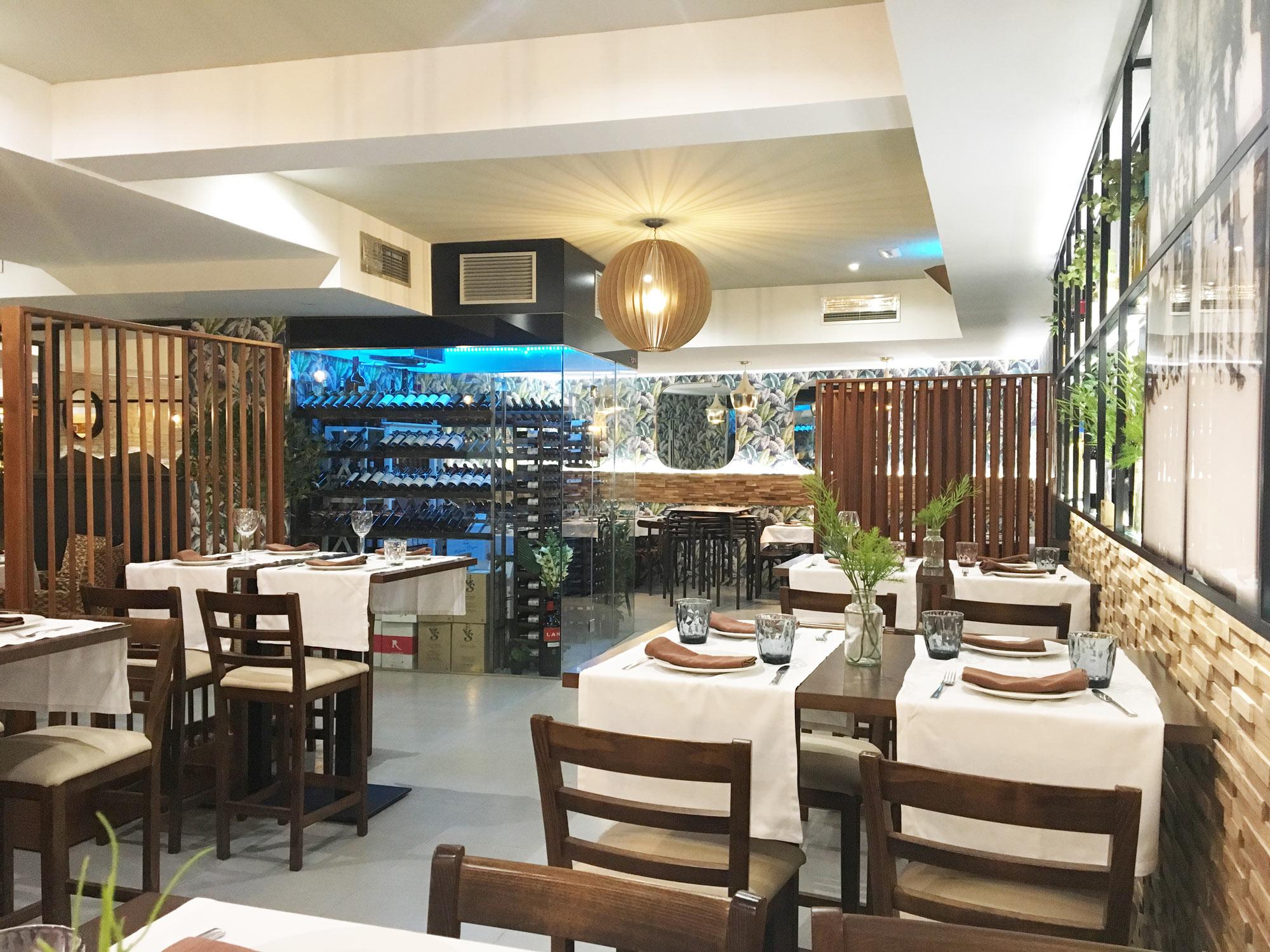 Restaurante-Lucrecia-Alcala-Mesas-Altas-2