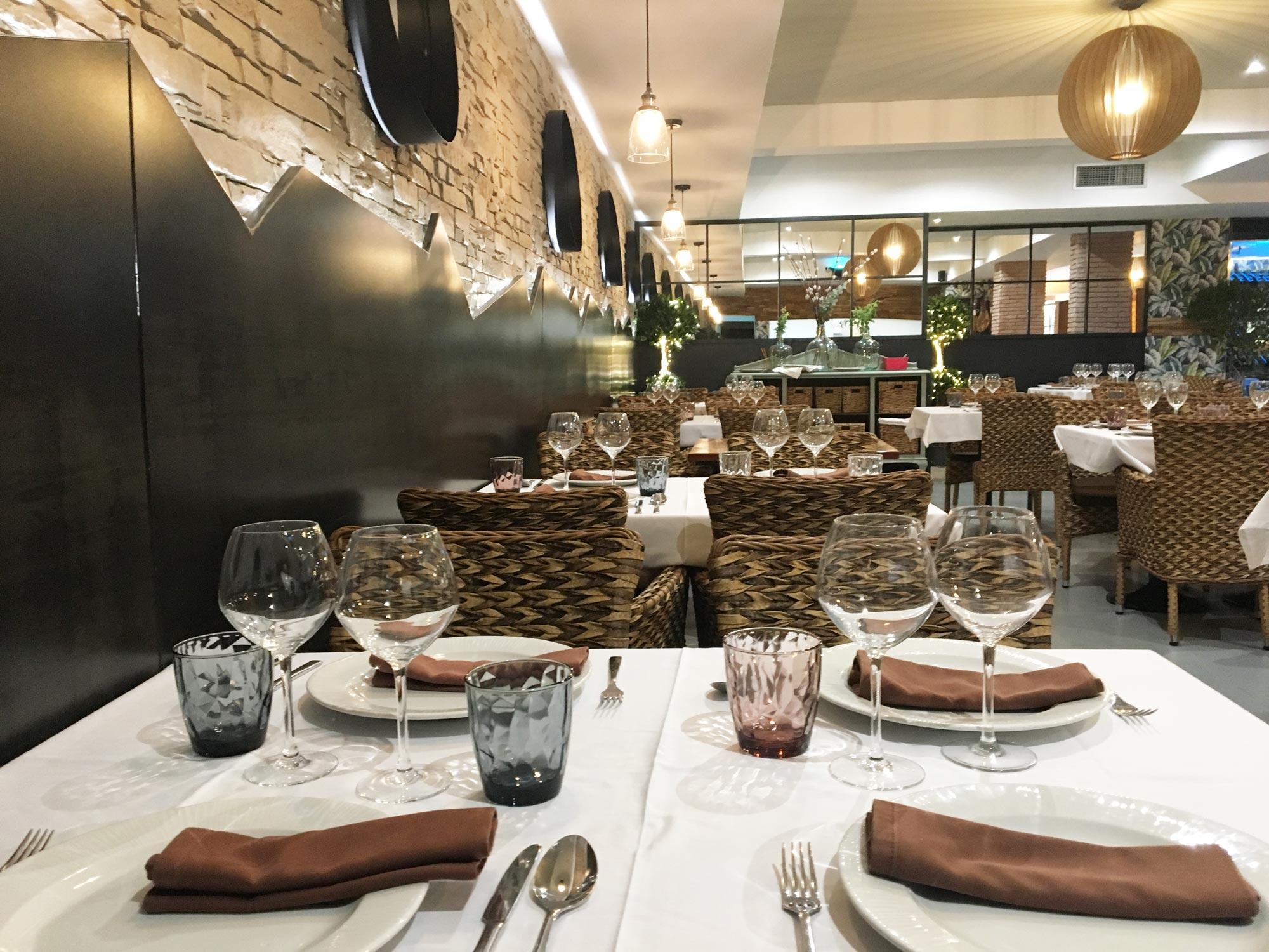 Restaurante-Lucrecia-Alcala-Mesas-Bajas